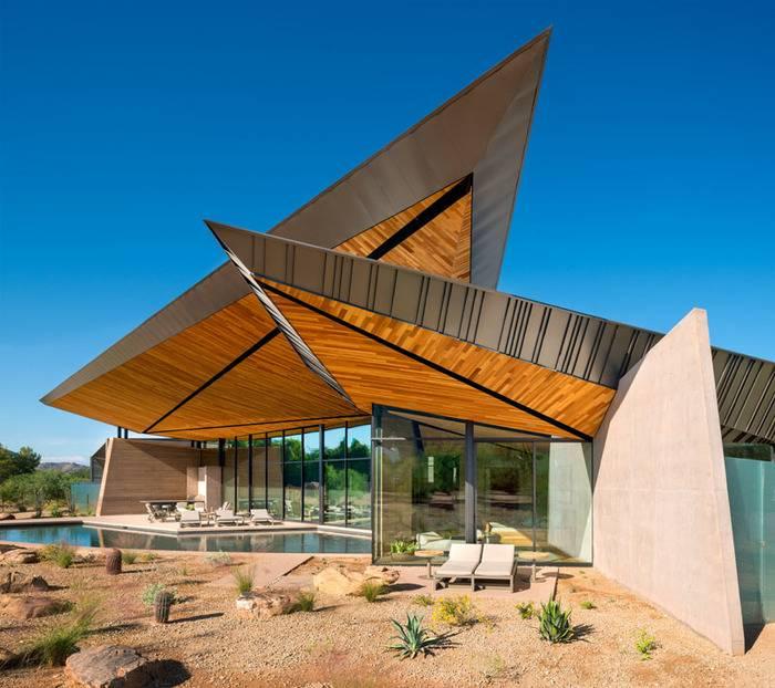 The Dancing Light House in Arizona