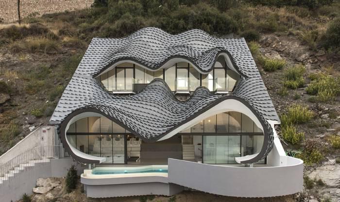 Casa Del Acantilado in Spain